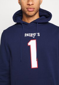 Fanatics - NFL CAM NEWTON NEW ENGLAND PATRIOTS ICONIC NAME NUMBER GRAPHIC - Hoodie - navy - 5