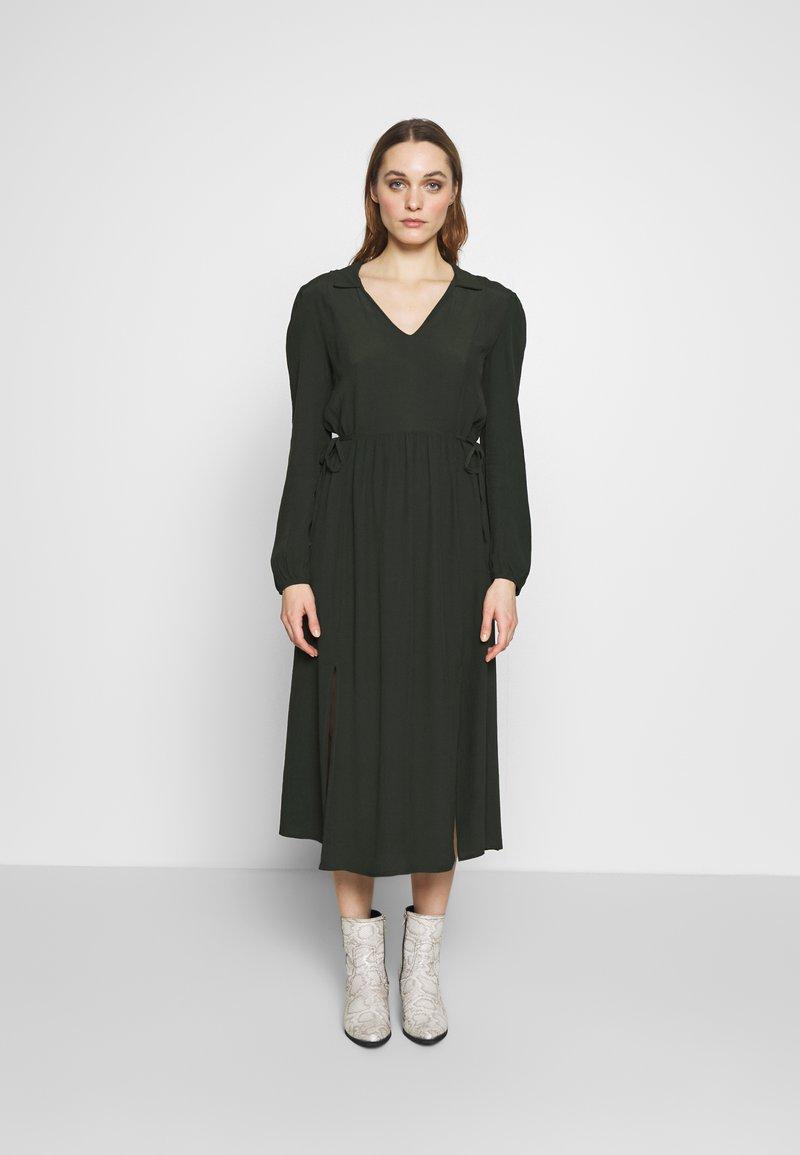 Dorothy Perkins - BILLIE AND BLOSSOM COLLAR MIDI DRESS - Day dress - khaki