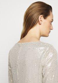 Lauren Ralph Lauren - MILLBROOK DRESS - Koktejlové šaty/ šaty na párty - silver frost shin - 3