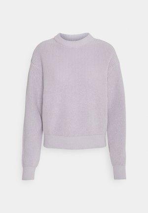 MIKALA - Strikkegenser - lavender blue