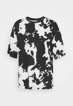 COW PRINT TEE - Print T-shirt - mon