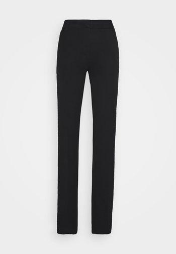 VMEVERLY SLIM PANT  - Broek - black