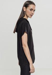 Urban Classics - LADIES SLEEVELESS HOODY - Print T-shirt - black - 3