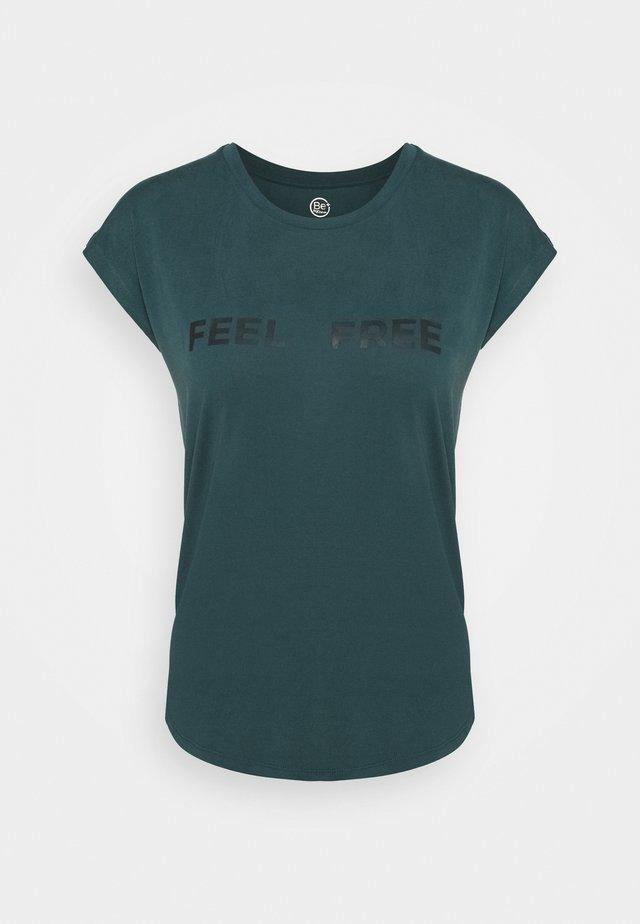 FRINGE - T-Shirt print - vert