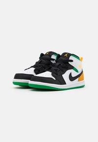 Jordan - 1 MID SE UNISEX - Basketbalové boty - white/laser orange/black/lucky green - 1