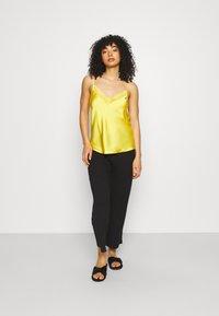 Etam - Haut de pyjama - jaune vif - 1