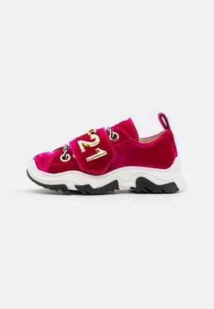 Sneakersy niskie - dark red