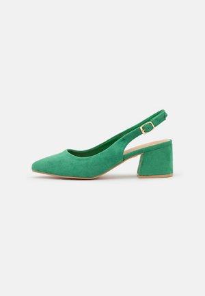 Tacones - green