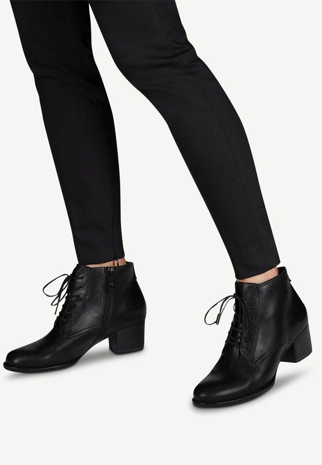STIEFELETTE - Cowboy/biker ankle boot - black