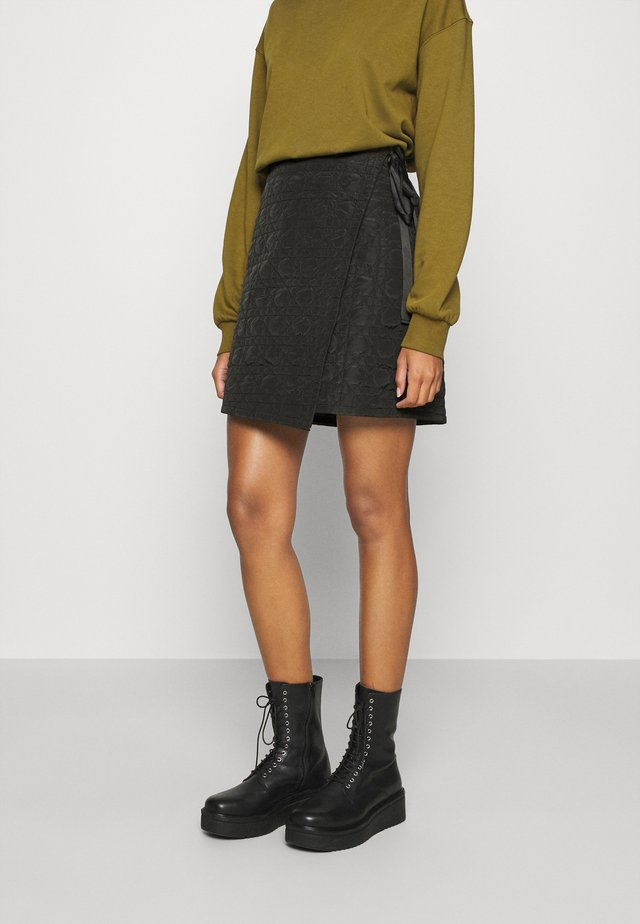 QUILTED SKIRT - Mini skirt - black