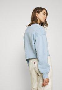 Hollister Co. - CREW SWEATSHIRT - Sweatshirt - light blue - 2