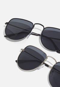 Only & Sons - ONSSUNGLASSES UNISEX - Sluneční brýle - black - 2