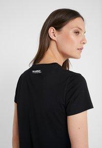 KARL LAGERFELD - KARL X OLIVIA PROFILE TEE - Print T-shirt - black - 5