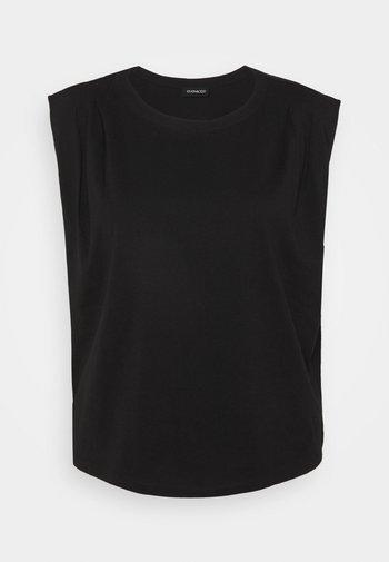 Basic T-shirt - back