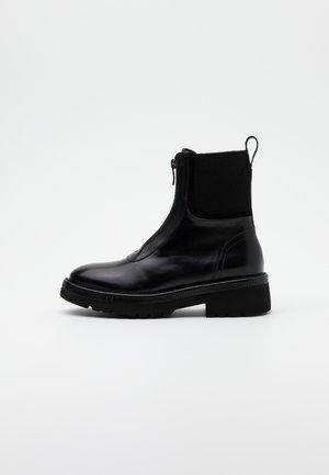 SIENNA - Kotníkové boty - black