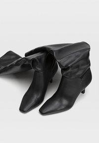 Stradivarius - Boots - Black - 3