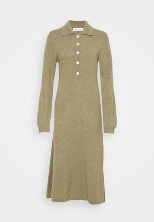 AMARITA DRESS - Vestido de punto - covert green