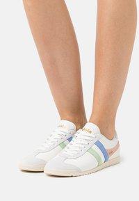Gola - BULLET TRIDENT - Sneakersy niskie - white/patina green/vista blue - 0