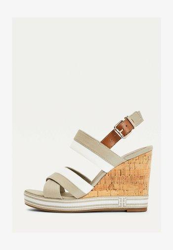 ESSENTIAL MONOGRAM - Wedge sandals - stone