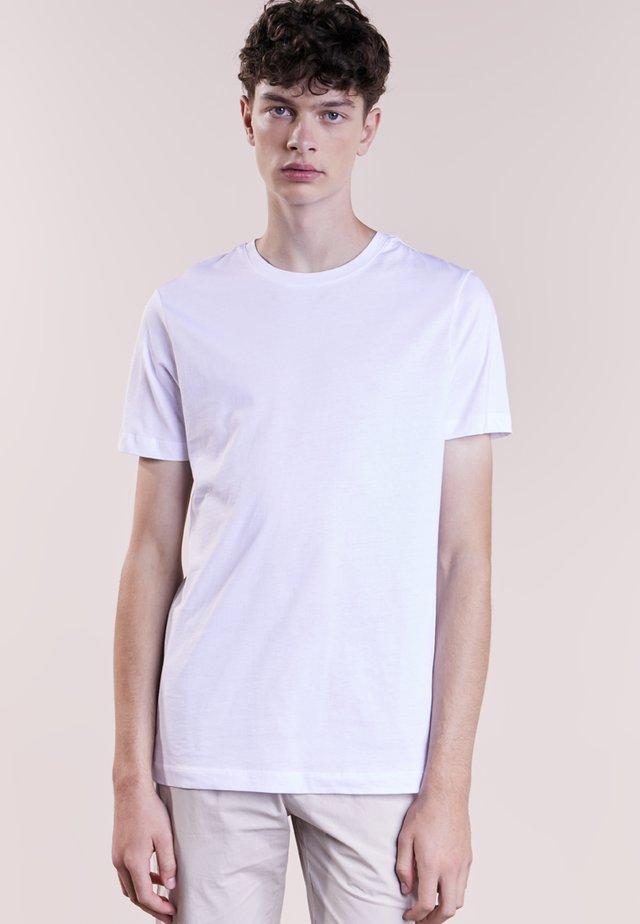 GUSTAV - T-shirt basique - white