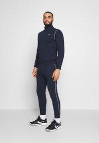 Lacoste Sport - TRACKSUIT - Tracksuit - navy blue/white - 3