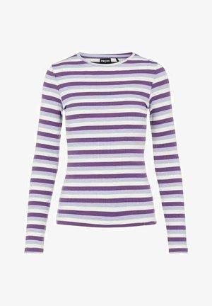 GESTREIFT - Long sleeved top - dahlia purple