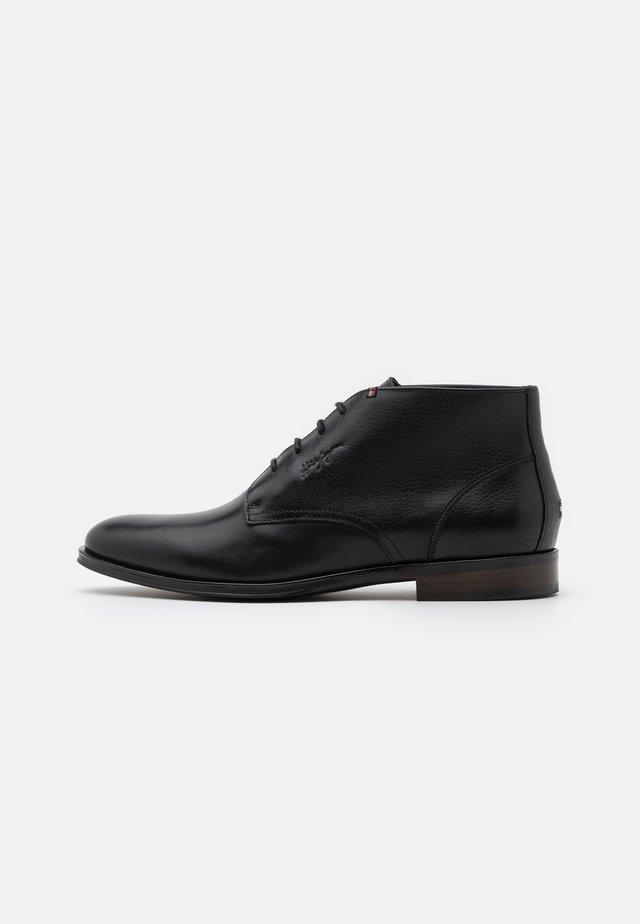 CASUAL BOOT - Bottines à lacets - black
