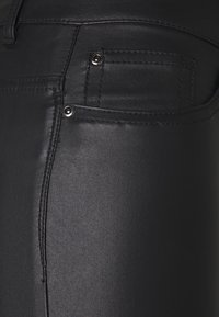 ONLY Tall - ONLGOSH ROCK COATED - Jeans Skinny Fit - black - 2