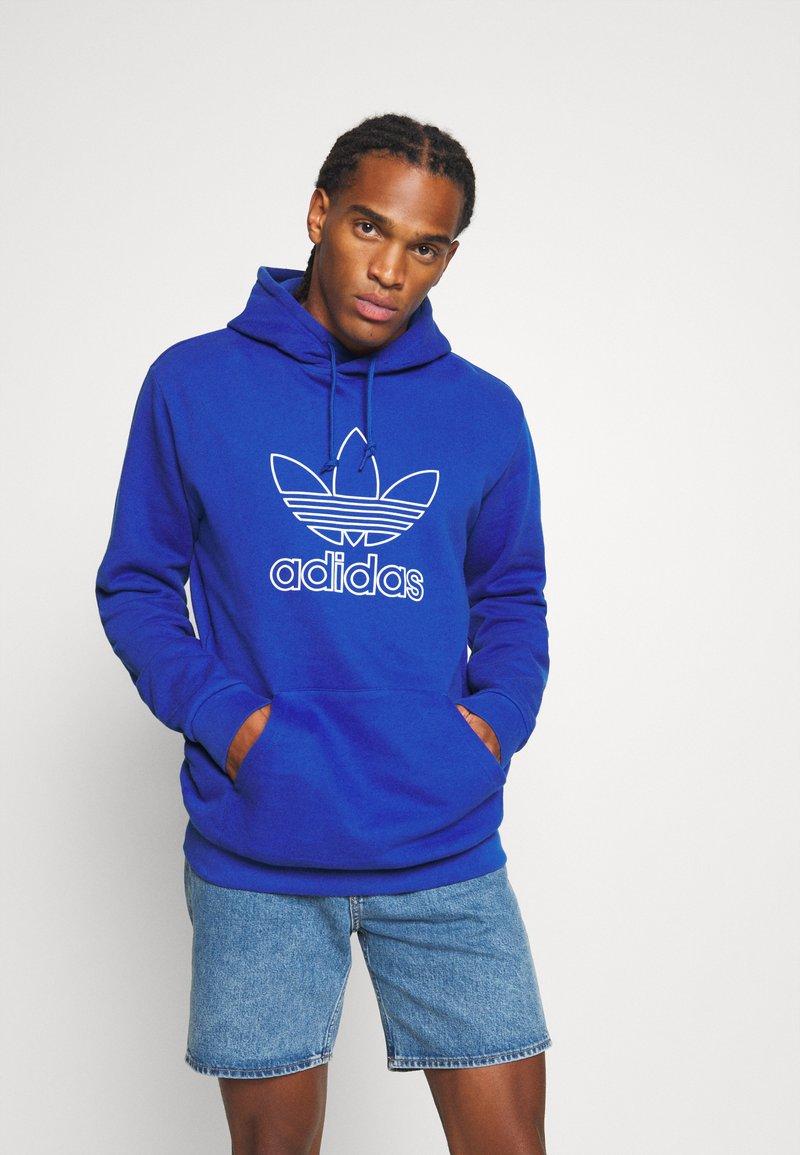 adidas Originals - HOOD OUT - Hoodie - royal blue