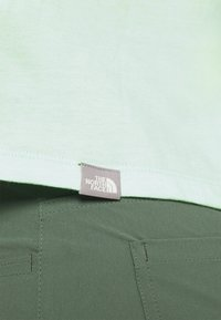 The North Face - CROP TEE - Print T-shirt - misty jade - 7