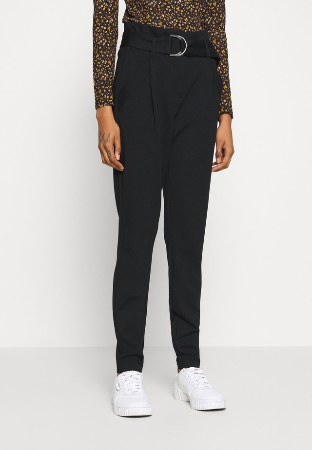 VMBAILEY PAPERBAG BELT ANKLE - Trousers - black
