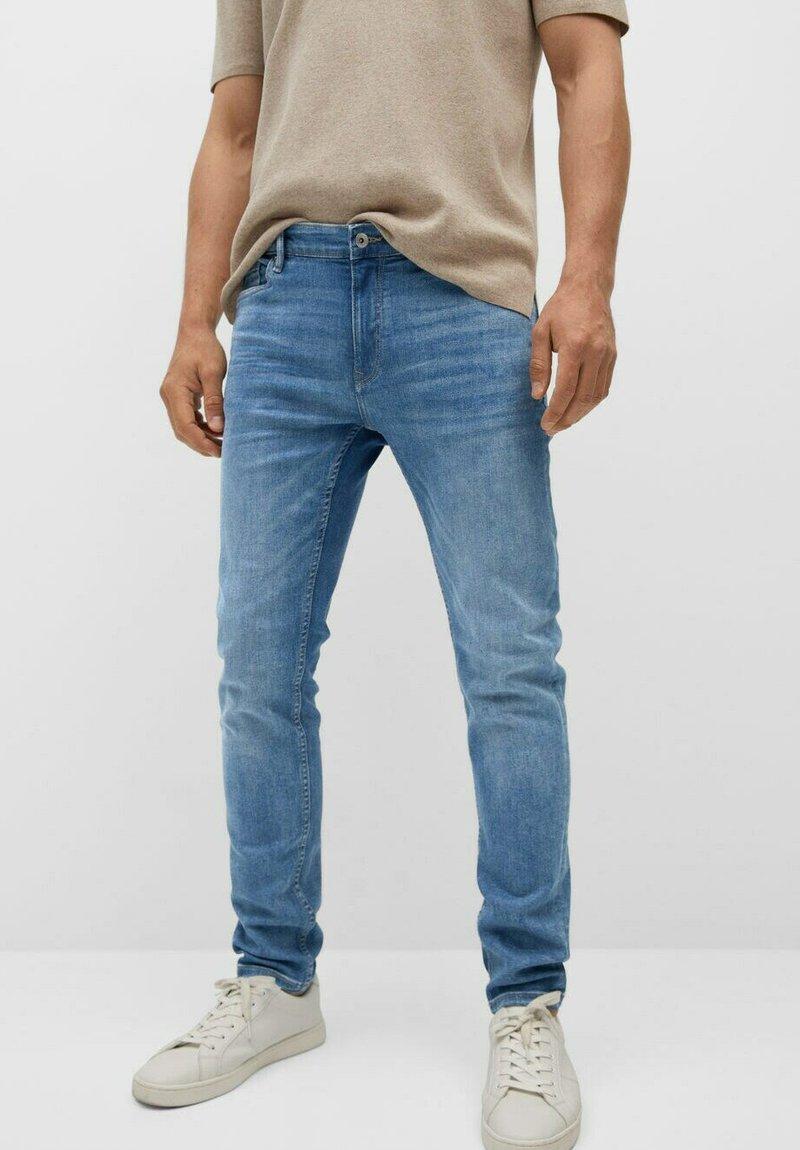 Mango - SKINNY  - Slim fit jeans - mittelblau