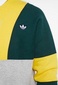 adidas Originals - SAMSTAG RUGBY SHIRT LONG SLEEVE PULLOVER - Mikina - grey, yellow - 5