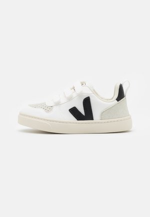 V 10 UNISEX - Baskets basses - white/black
