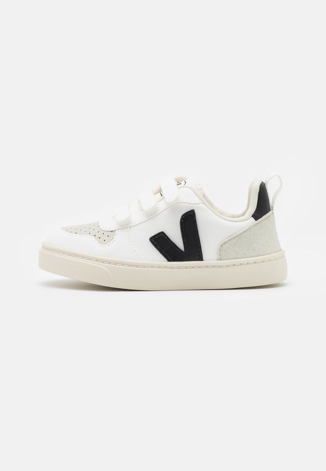 V 10 UNISEX - Sneakers laag - white/black