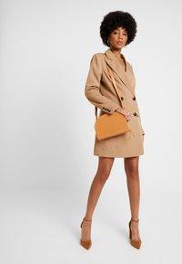 NA-KD - WIDE LAPEL BLAZER DRESS - Shirt dress - camel - 1