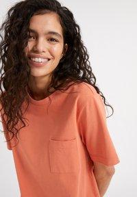 ARMEDANGELS - KLEAA - Jersey dress - burned mandarin - 3