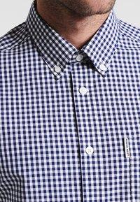 Ben Sherman - CORE GINGHAM  - Overhemd - dark blue - 5
