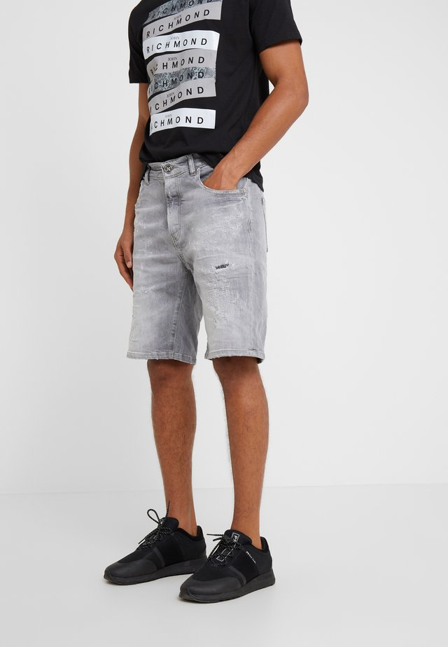 BERMUDA NEILY - Shorts di jeans - grey