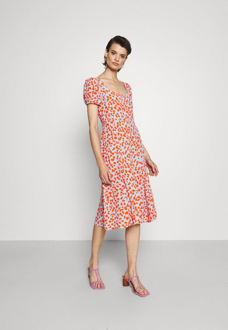 Diane von Furstenberg - ELENA DRESS - Vapaa-ajan mekko - medium sky blue