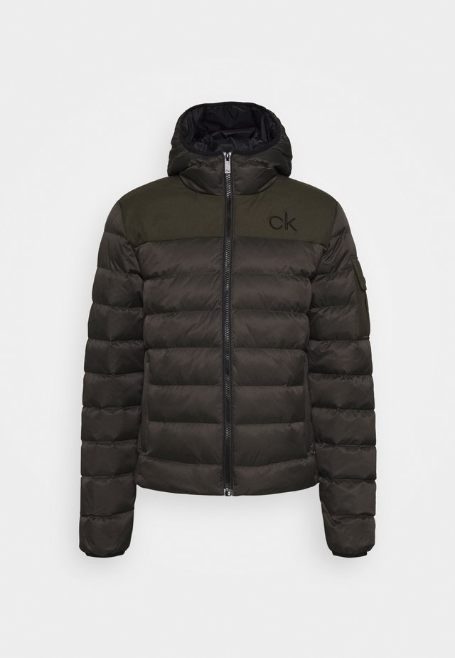 LASSEN PADDED JACKET - Outdoorjas - olive green