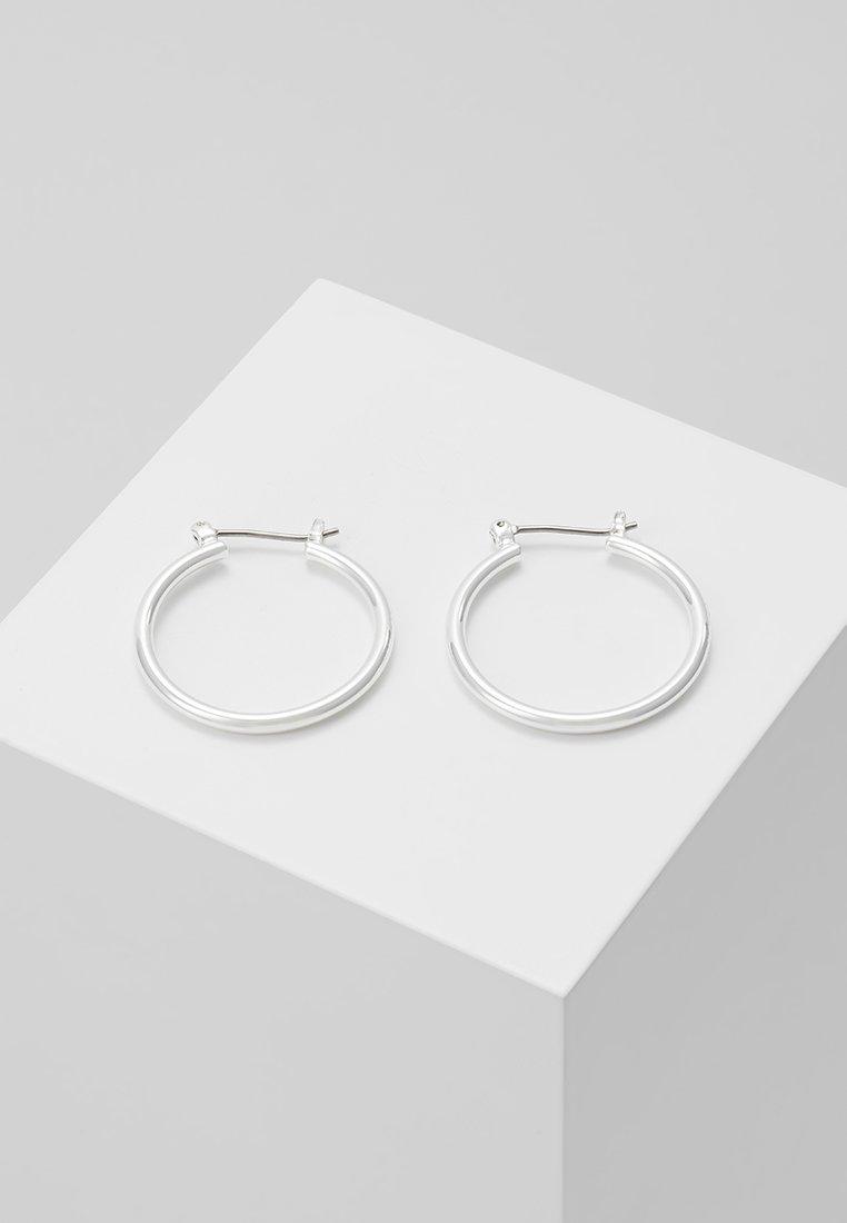 Pilgrim - EARRINGS LAYLA - Boucles d'oreilles - silver-coloured