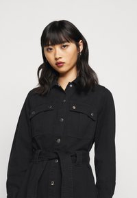 New Look Petite - SIMONE DRESS - Denim dress - black
