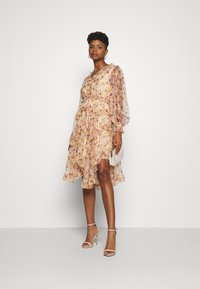 YAS - YASLUSAKA DRESS - Cocktailjurk - light pink - 1
