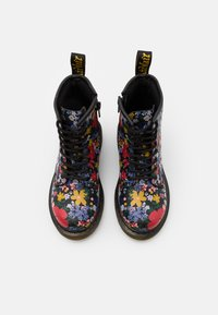 Dr. Martens - 1460 WANDERFLORA  - Lace-up ankle boots - black - 3