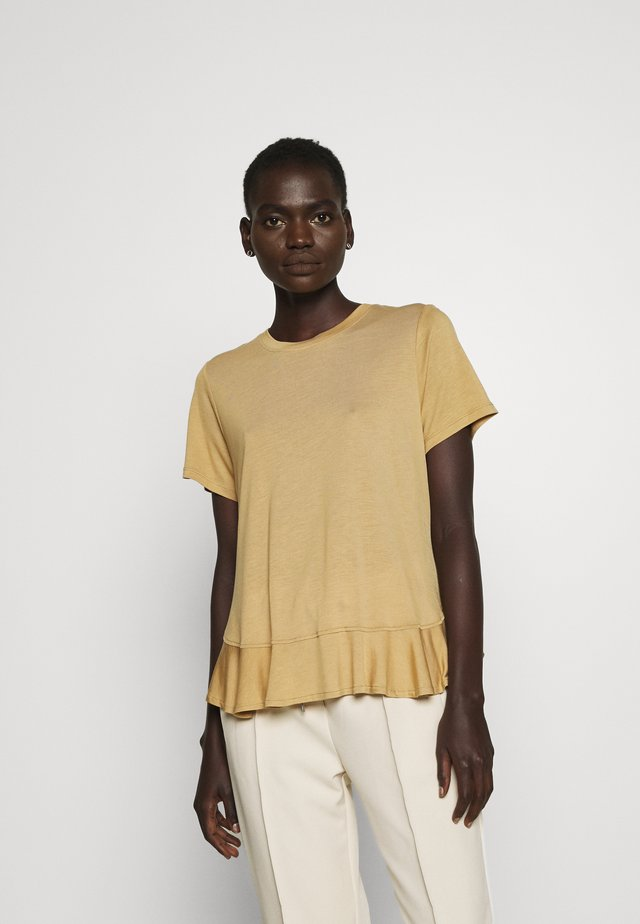 KATKA JANITA TEE - Basic T-shirt - light camel