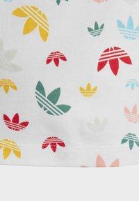 adidas Originals - T-SHIRT - Camiseta estampada - white - 4