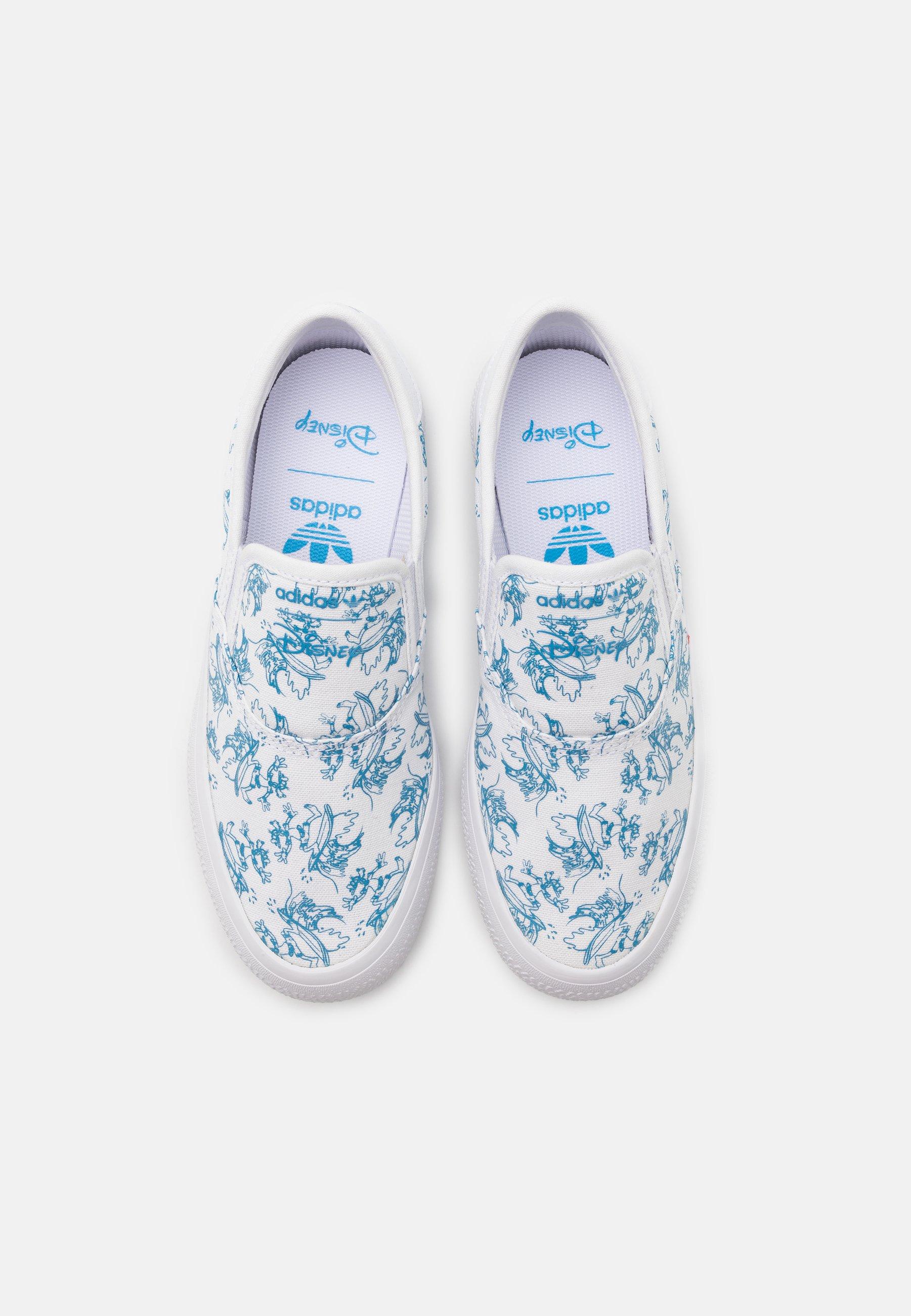 chaussure adidas disney