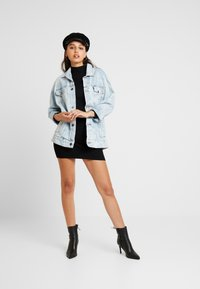 Missguided - BASIC HIGH NECK LONG SLEEVE JUMPER DRESS - Shift dress - black - 2