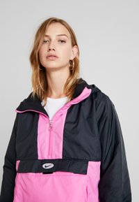 Nike Sportswear - ANORAK - Light jacket - black/china rose - 4